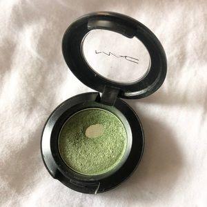 MAC Green Eyeshadow